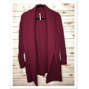 Leo & Nicole maroon chunky knit sweater cardigan